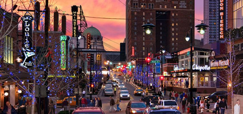 kansas-city-power-and-light-district